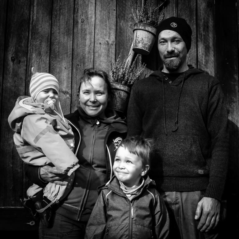 Perhe Häkälä 04.10.15